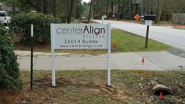 Non Lighted Extruded Aluminum Post signage The Woodlands